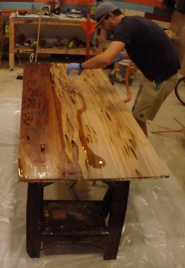 epoxy resin dining table Fill coat