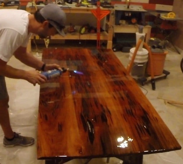 how to make an epoxy resin table with pecky sinker cypress flood coat torch
