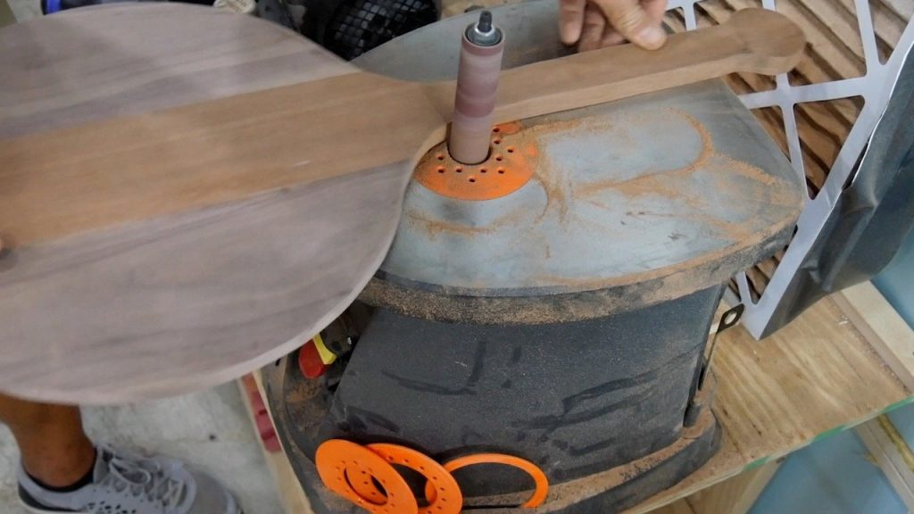 DIY Pizza Peel - 22 - thick handle spindle sander