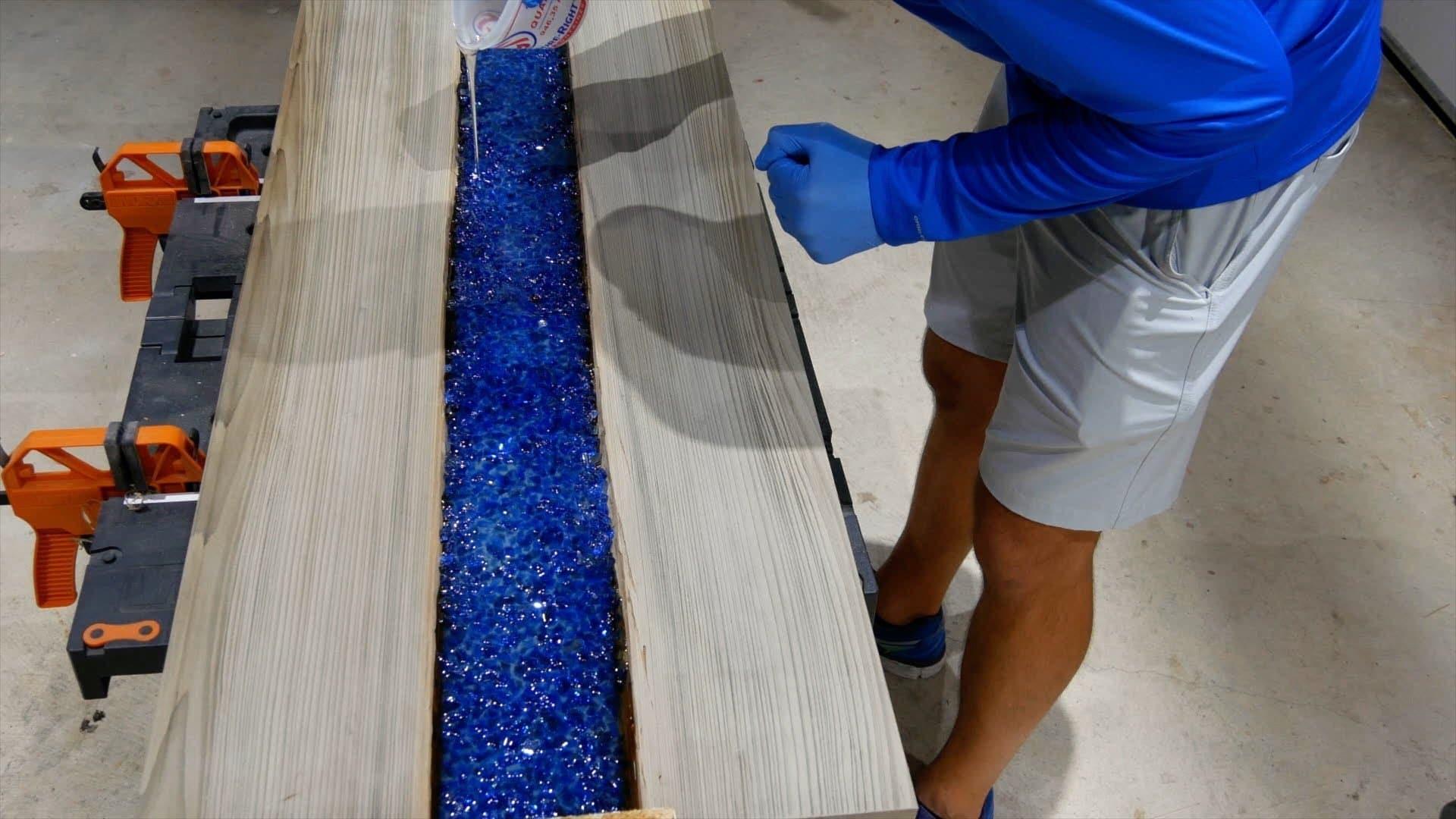 epoxy-resin-river-table-glowpowder_20171016_49