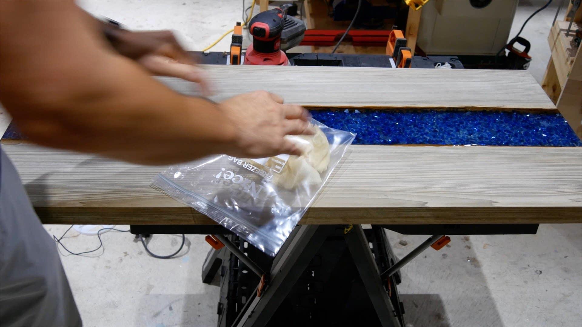 epoxy-resin-river-table-glowpowder_20171016_75
