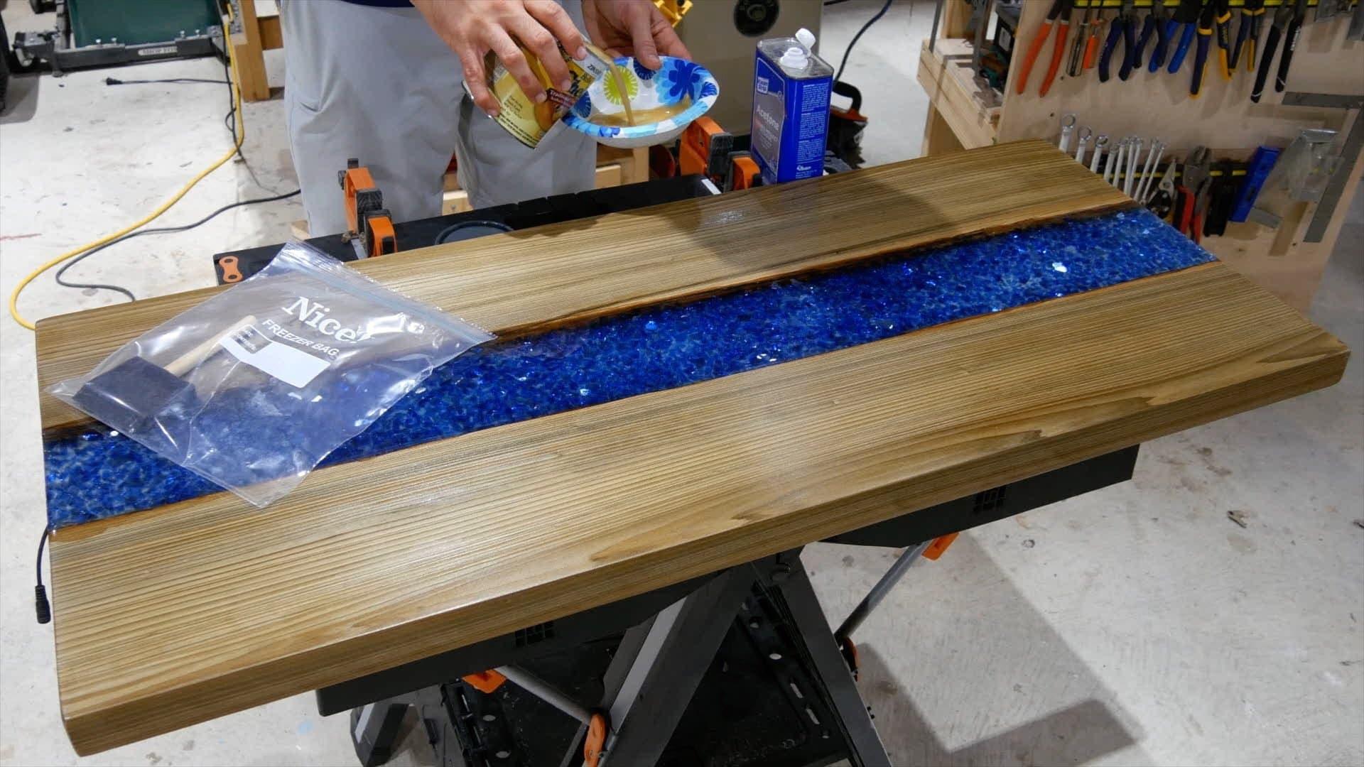 epoxy-resin-river-table-glowpowder_20171016_83