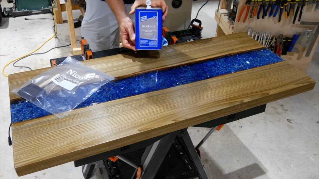 How to Make an Epoxy Resin River Table - Pahjo Designs
