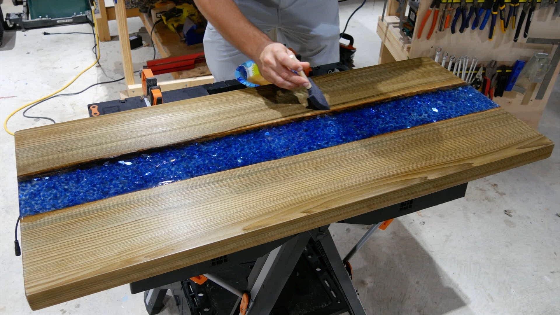 epoxy-resin-river-table-glowpowder_20171016_85