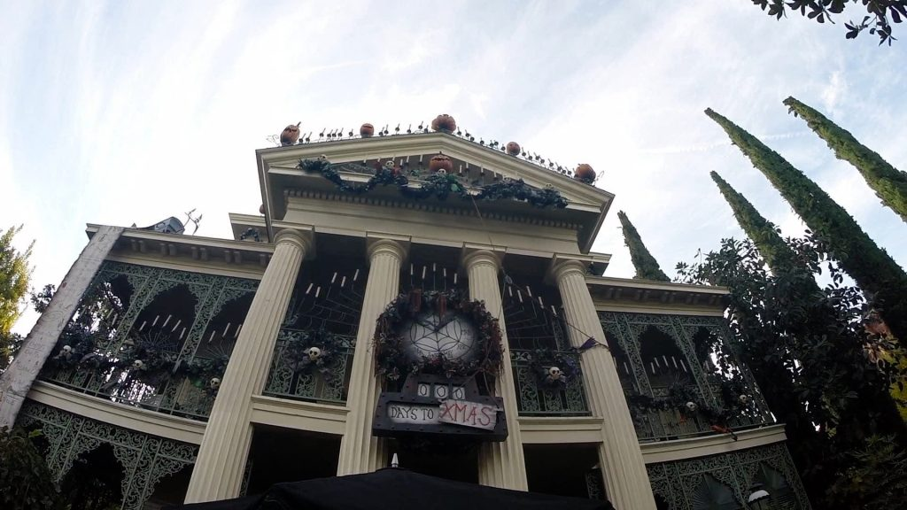 Disneyland vs. Disney World Ride Comparisons Haunted Mansion
