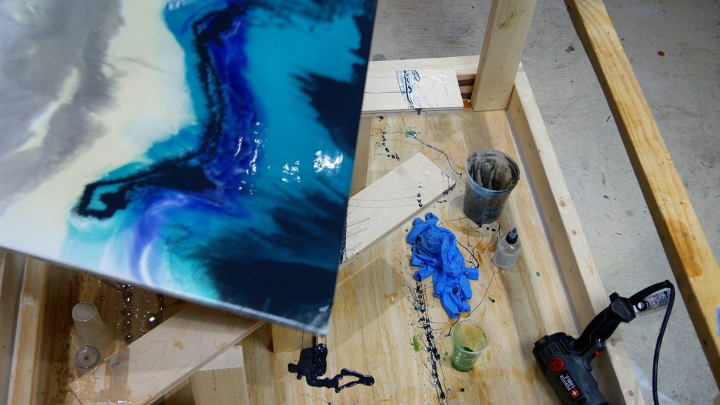 blend resin art on canvas