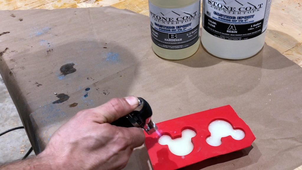 Resin Casting How to Make Mickey Mouse Ears-Bubbles