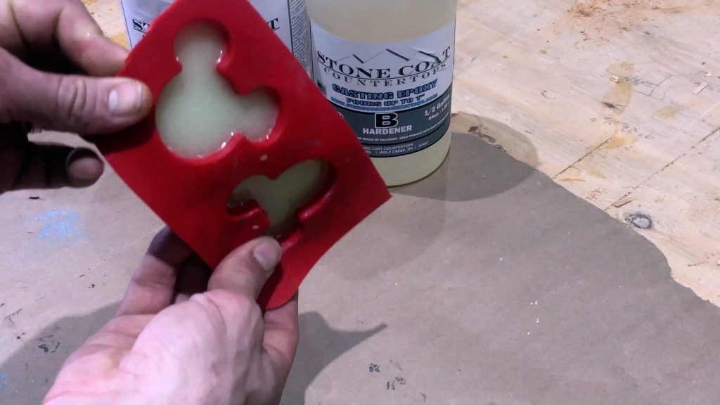 Resin Casting How to Make Mickey Mouse Ears-remove_3