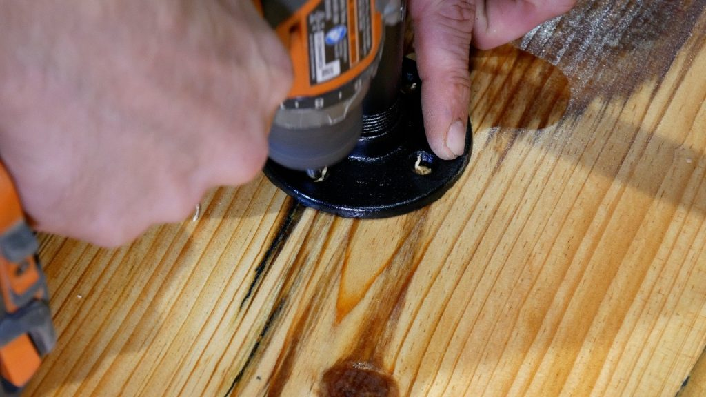 how to make a rustic table with epoxy resin - flange pilot hole
