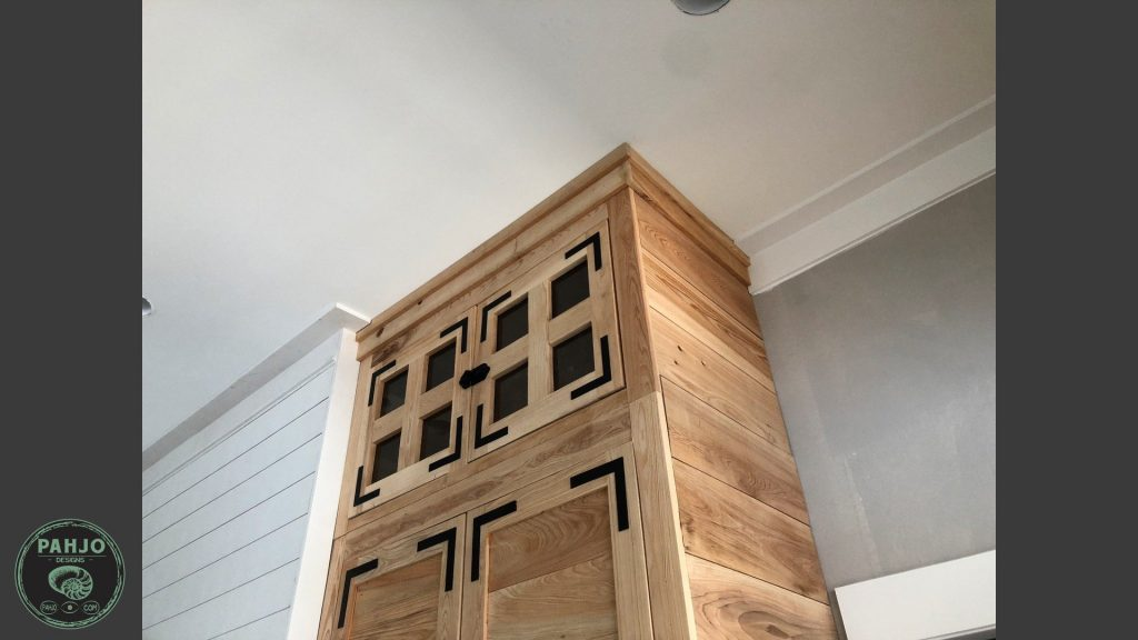 diy custom built in cabinets final top section