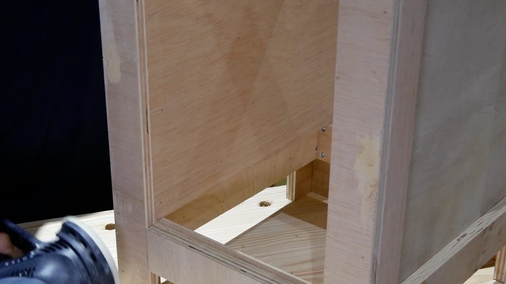 DIY Base Cabinet with Drawers_sanding