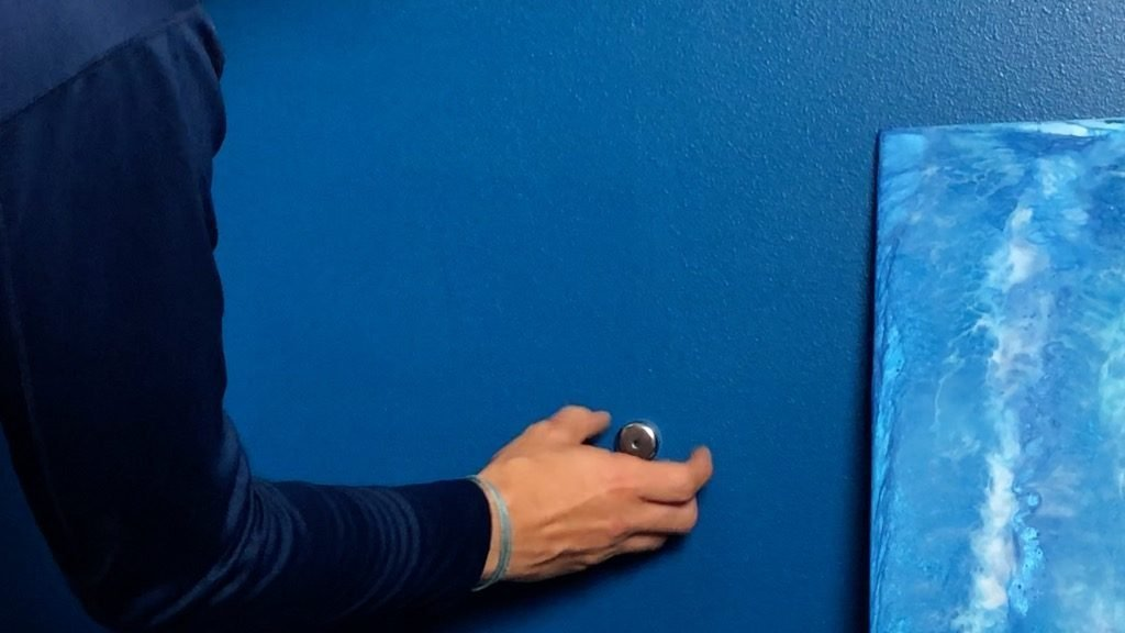 find wall studs with neodymium magnet