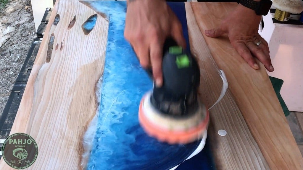 How to apply polish to epoxy river table