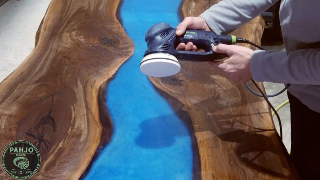 how to apply rubio monocoat oil plus 2c to a table