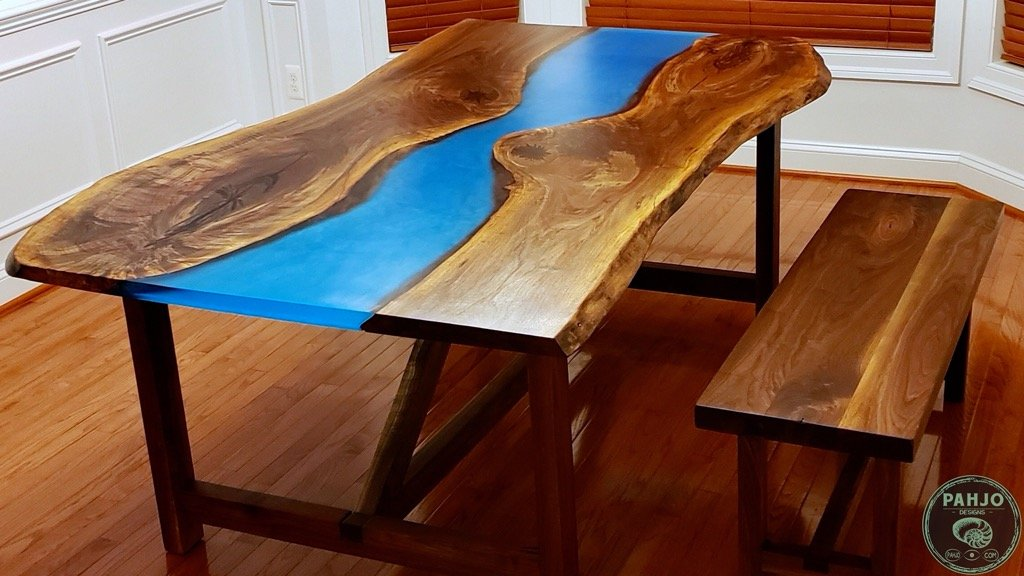 how to attach table top to trestle