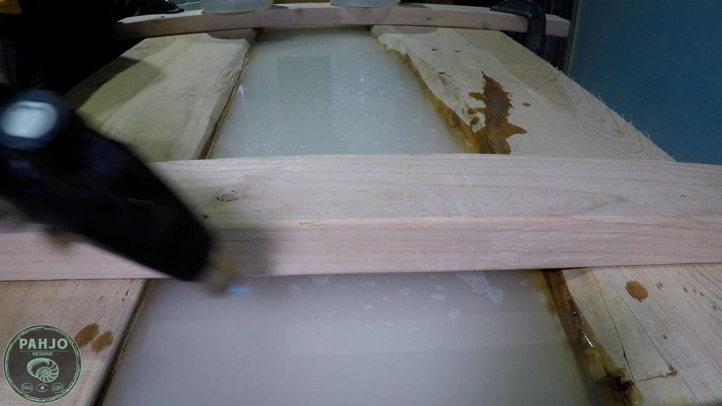 remove epoxy resin bubbles with mini torch