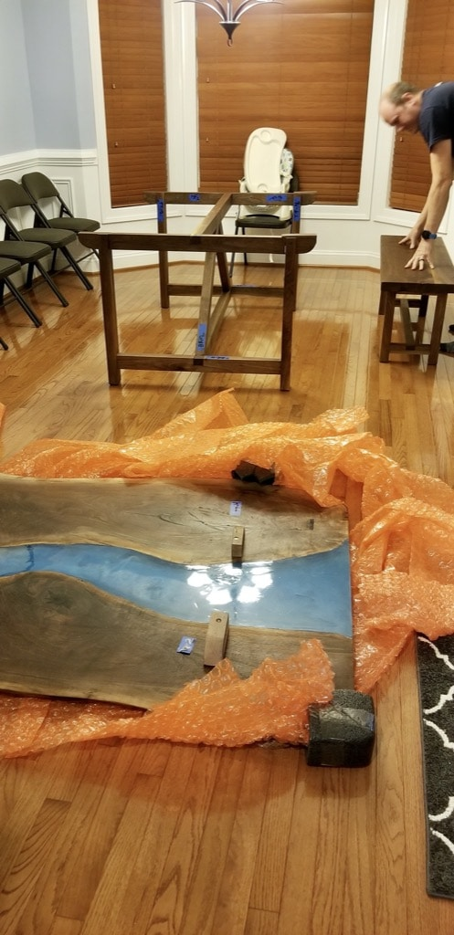 how to assemble a farmhouse dining table